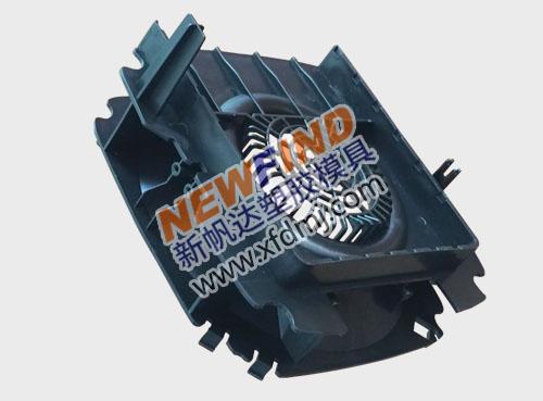 精密汽车配件散热器塑胶外壳模具